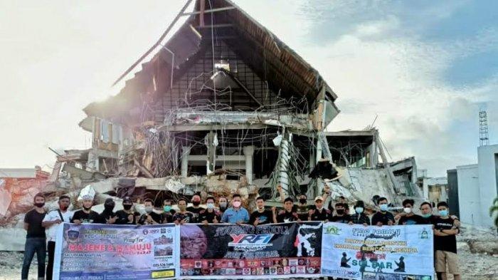 Komunitas Bikers YRFI Makassar Salurkan Bantuan ke Sulbar