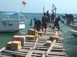 Berbatasan Langsung dengan Kalimantan, Warga Keluhkan Kondisi Dermaga di Pulau Kalukalukuang Pangkep