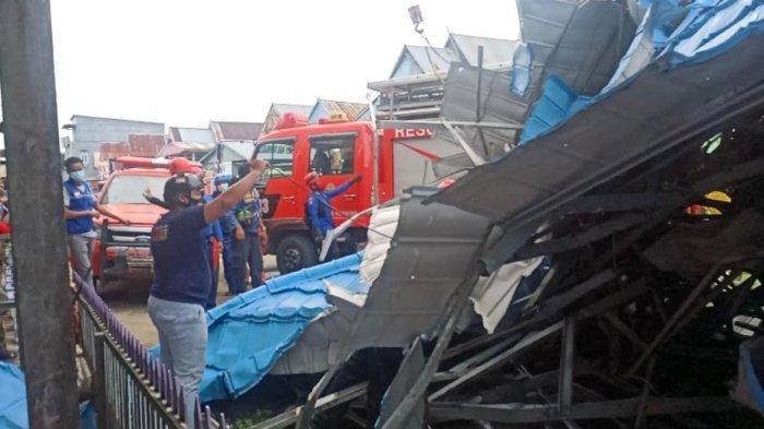 Lima Warga Terluka Akibat Angin Kencang Landa Desa Botto Wajo, Ada Warga Jatuh dari Tangga