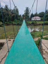 Habiskan Anggaran Rp189 Juta, Begini Penampakan Jembatan Gantung di Sibulue Setelah Rehab