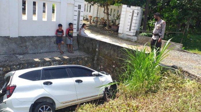 Diduga Mengantuk, Warga Bulukumba Tabrak Gorong-Gorong di Jalan Poros Bone-Sinjai