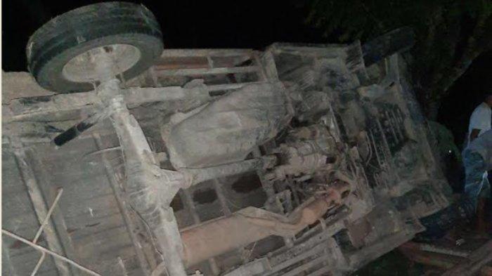 Mobil Pikap Terguling di Poros Bone-Sinjai Tadi Malam, Satu Orang Meninggal