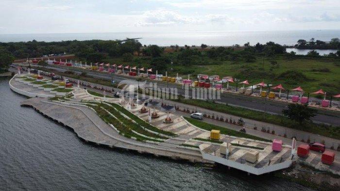 Foto Drone; Ikon Baru Amphitheater di Kawasan Tanjung Bunga - kondisi-pedestrian-kawasan-jl-metro-tanjung-bunga-terekam-menggunakan-kamera-drone-2.jpg