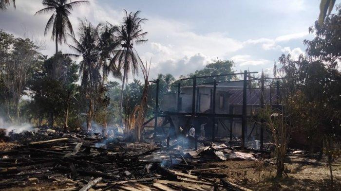 Ditinggal Pemilik ke NTT dan Malaysia, Dua Rumah Terbakar di Desa Welullang Bone