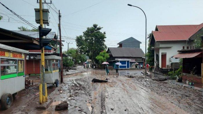 Evakuasi Korban Banjir, Basarnas Makassar Turunkan Dua Tim ke Jeneponto dan Bantaeng