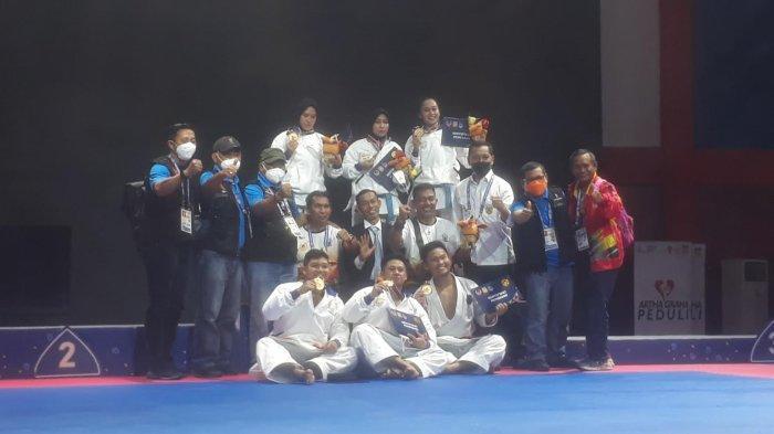 Kawinkan Medali Emas Kata Beregu Putra-Putri, Sulsel Ukir Sejarah Karate di PON
