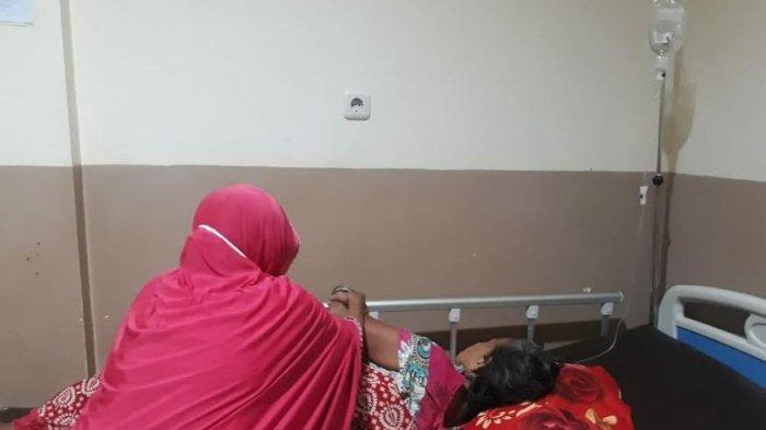 Korban E Jama (90) saat dirawat di rumah sakit