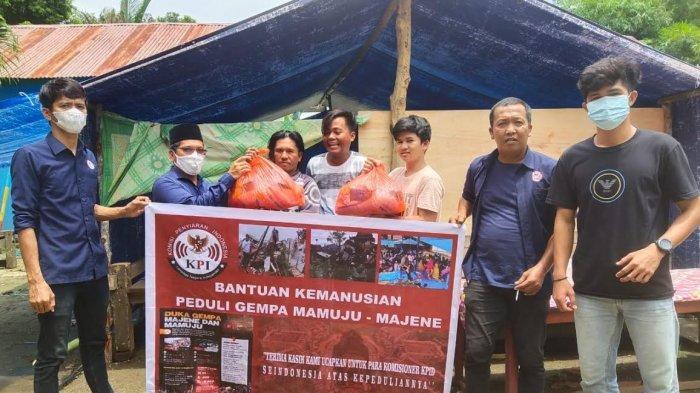 KPID Sulbar Salurkan Bantuan KPI Peduli untuk Korban Gempa