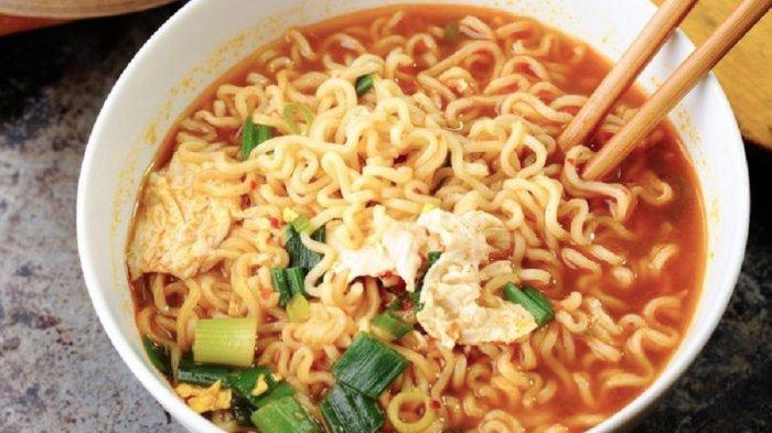 Pantas Orang Jepang dan China Sehat-sehat Meski Sering Makan Mi Instan, Ini Penjelasannya