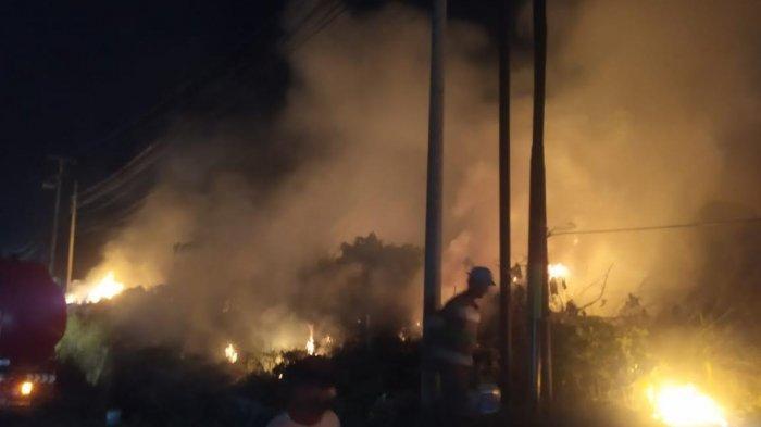 Gara-gara Bakar Sampah, Lahan Tidur di Labili-bili Pinrang Terbakar