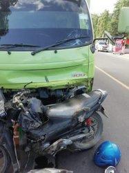 Satu Orang Meninggal Akibat Tabrakan Truk dan Motor di Poros Pinrang-Polman