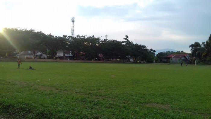 Zona Hijau, Warga Kecamatan Wotu Luwu Timur Salat Idulfitri di Lapangan Gaswo