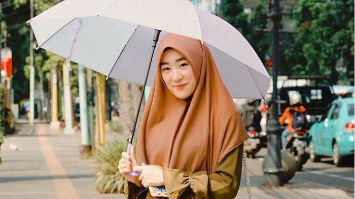 Akankah Larissa Chou Lepas Hijab Usai Cerai dari Alvin? Ini Jawaban Larissa