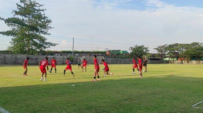 Anco Jansen Absen Lawan Bali United, PSM Makassar Fokus Latihan Taktik Penempatan Posisi Pemain
