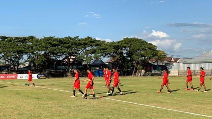 Ikut Latihan di BSC, Sutanto Tan Bertahan di PSM Makassar
