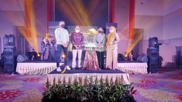 Pengusaha Muda Makassar Launching Cozmoo Parfume Berbahan Alami Aman untuk Salat