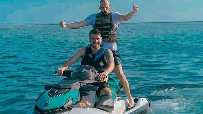 Gaya Liburan Duo Belanda PSM, Wiljan Pluim - Anco Jansen Mancing Hingga Olahraga Jet Ski