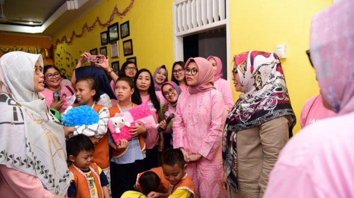 Inilah Bukti Cinta Kasih dan Kepedulian Lies F Nurdin Abdullah untuk Anak Penderita Kanker
