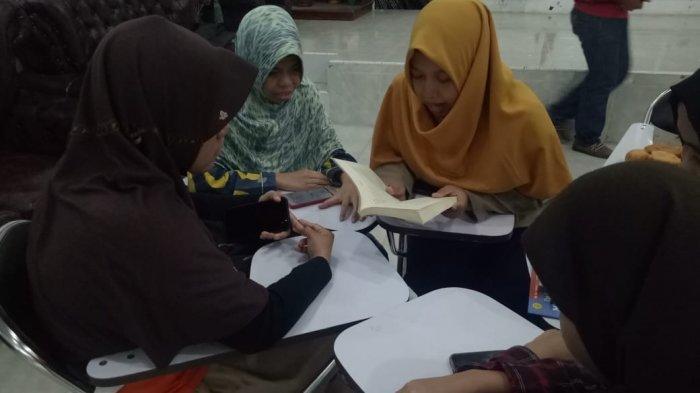 Kolaborasi Komunitas, Lingkar Cerita Tingkatkan Kemampuan Literasi Pemuda Difabel Netra - lingkar-cerita-4-29102019.jpg