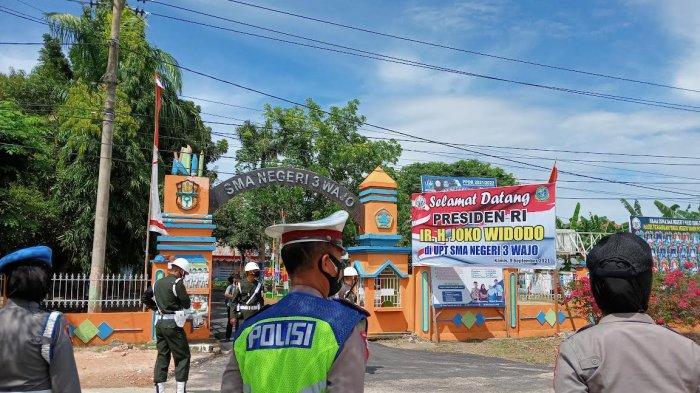 Jelang Kedatangan Jokowi, SMAN 3 Wajo Dijaga Ketat