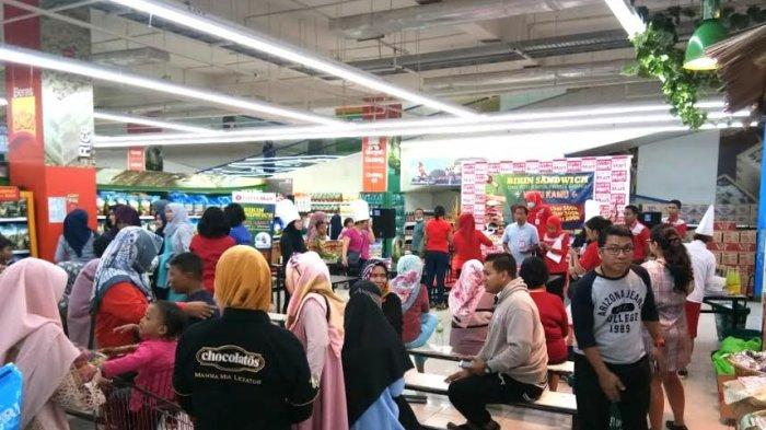 Aneka Buah Hingga Produk Beku Turun Harga di Lotte Mart