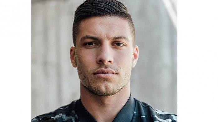 Kabur dari Isolasi Covid-19, Perdana Menteri Serbia Kecam Striker Real Madrid: Pesta Sang Kekasih