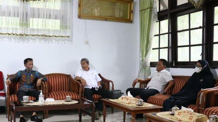 Bawaslu Barru Temui Ketua DPRD, Apa Dibahas?