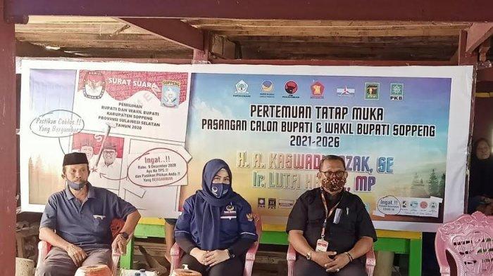 Calon Wabup Soppeng Temuai Warga Kampong Awo Liliriaja, Ingatkan Pemilih Patuhi Protokes di TPS
