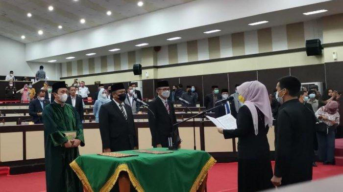 Arfandy Idris dan Herry Attas Resmi Dilantik PAW Legislator Sulsel