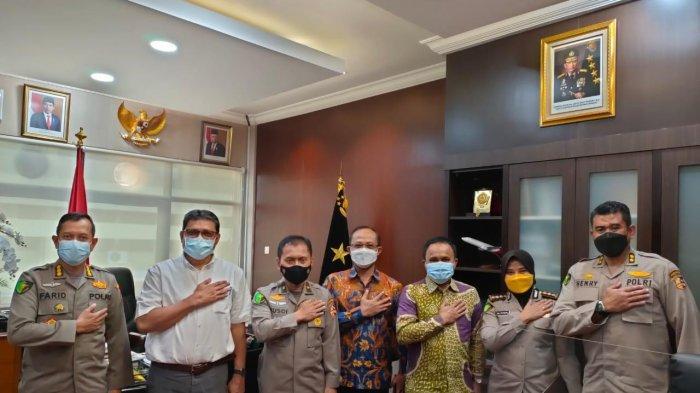 Pimpinan FKG Unhas berkunjung ke Mabes Polri Bahas Kerja Sama