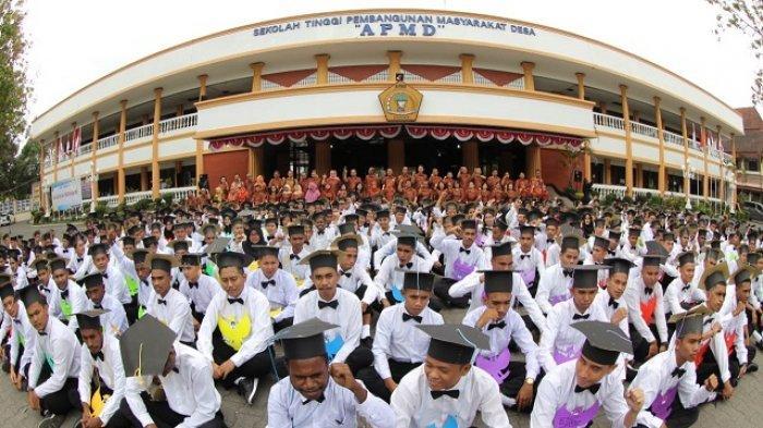 """Sekolah Tinggi Pembangunan Masyarakat Desa """"APMD"""" : Memuliakan Desa, Mempersatukan Indonesia - mahasiswa-kampus-stpmd-apmd.jpg"""