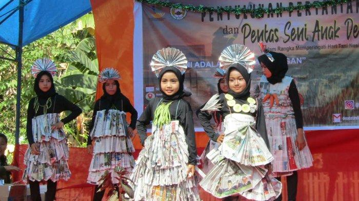 Mahasiswa KKN UIM Gelar Pentas Seni di Desa Batara Pangkep