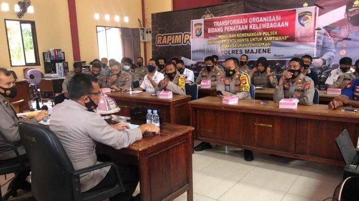 Kapolres Majene Sosialiasikan Program 16 Prioritas Jenderal Listyo Sigit