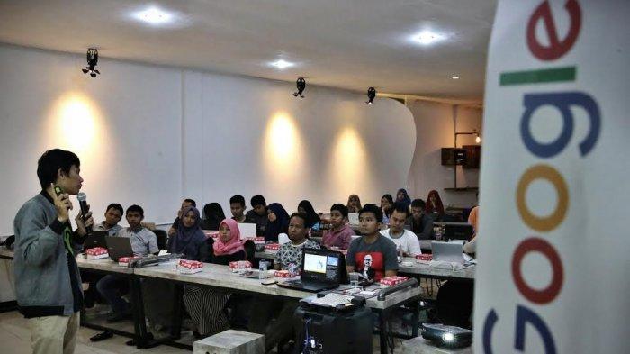 Google Gerakkan Usaha Kecil Menengah Lewat Pelatihan - makassar_20170924_220020.jpg