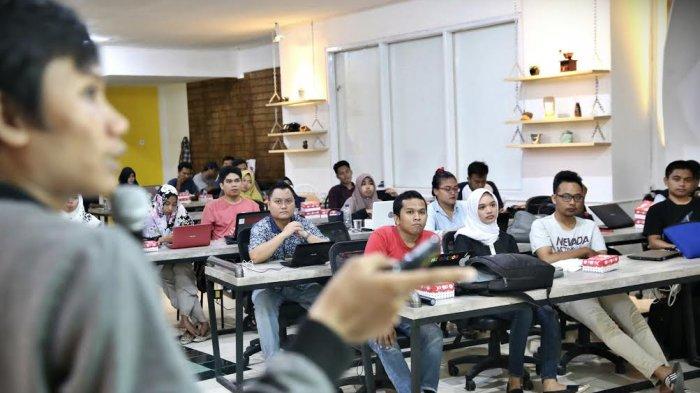 Google Gerakkan Usaha Kecil Menengah Lewat Pelatihan - makassar_20170924_220146.jpg