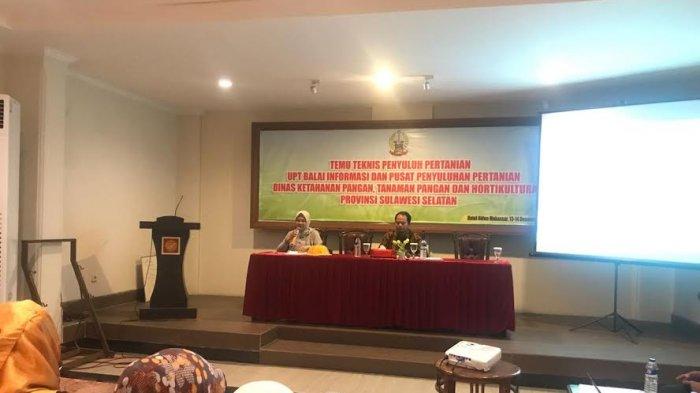 Pung Etti Sosialisasi Pentingnya Kelompok Tani Berbadan Hukum Tribun Timur
