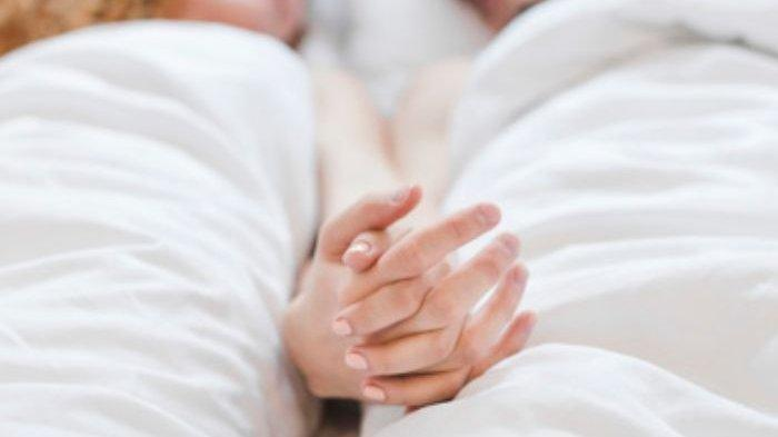 Malam Pertama Jadi Bencana, Pengantin Wanita Panik Suami Teriak Kesakitan di Kasur, Mertua Bertindak