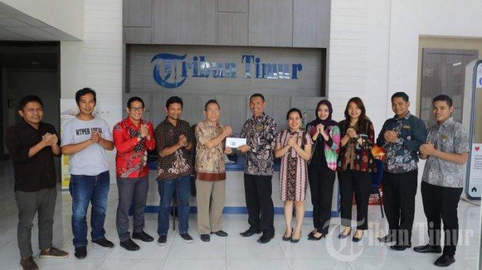 Citadines Royal By Makassar Kunjungi Tribun Timur - manajemen-citadines-royal-by-makassar-hotel-berkunjung-ke-kantor-tribun-timur.jpg