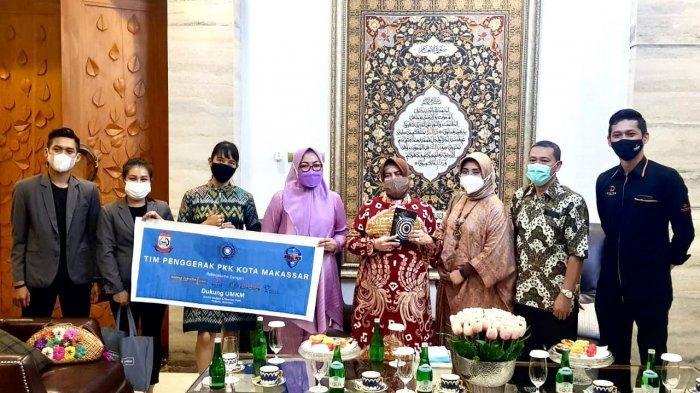 Produk UMKM Mejeng di Kamar Hotel Harper Makassar