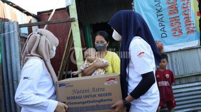 FOTO; Astra Graphia Serahkan Bantuan ke Warga Kelurahan Rappocini Makassar - manajemen-pt-astra-graphia-memberikan-bantuan-kepada-warga-di-lorong-5-4.jpg