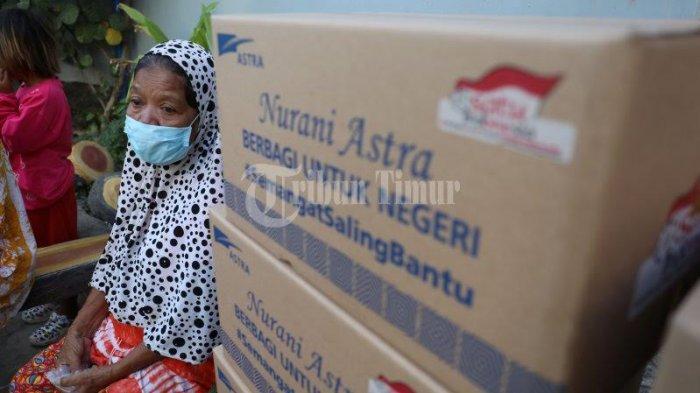FOTO; Astra Graphia Serahkan Bantuan ke Warga Kelurahan Rappocini Makassar - manajemen-pt-astra-graphia-memberikan-bantuan-kepada-warga-di-lorong-5-kelurahan-rappocini.jpg