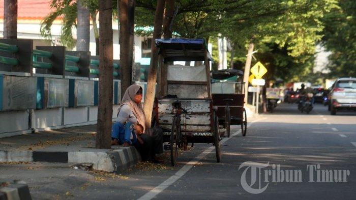 FOTO: Manusia Gerobak Mulai Menjamur di Jl Hertasning - manusia-gerobak-3.jpg