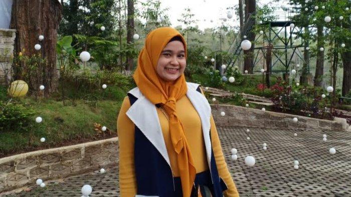 Berpikir Positif Kunci Sehat ala Marcom Aston Makassar Rari Maharani