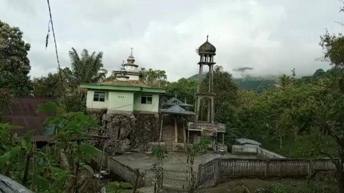 Dibangun di Atas Dua Bongkahan Batu, Masjid Taqwa Al Amin Pinrang Sudah Berusia 409 Tahun