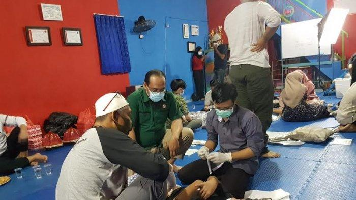 MAHTANCare Gelar Khitanan Massal di Sikola Mangkasara, 36 Anak Terima Manfaat