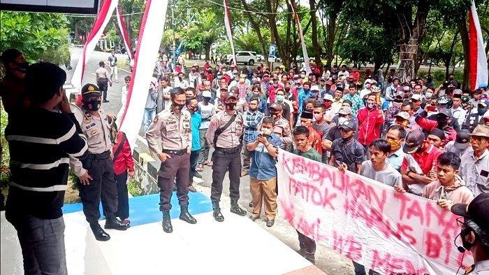 Tanahnya Dipatok, Warga Keera dan Pitumpanua Unjuk Rasa di Kantor DPRD Wajo