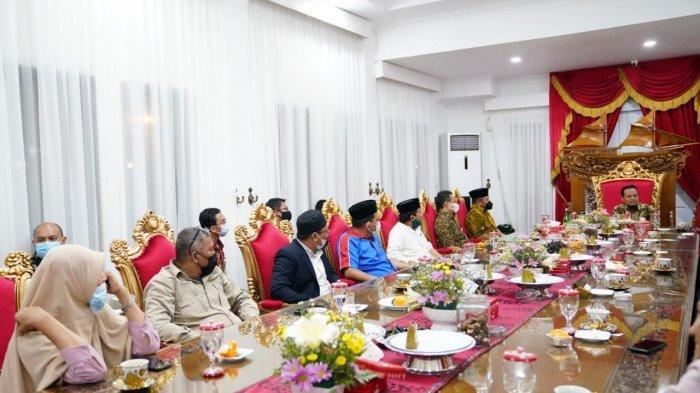 Malam May Day 2021, Andi Sudirman Silaturahmi dengan 9 Serikat Pekerja
