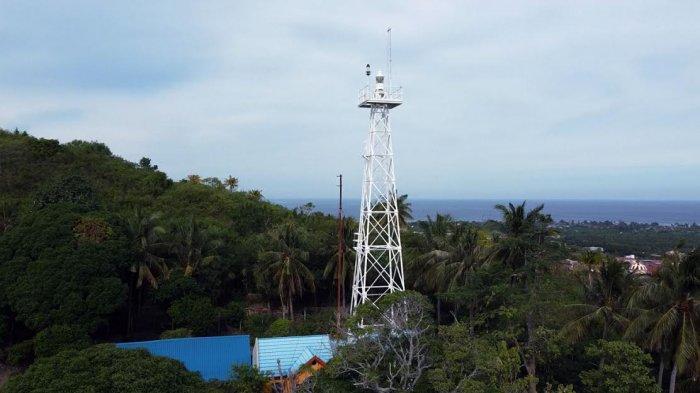 FOTO: Menara Suar Berumur 1 Abad Masih Terawat di Majene - menara-suar-cape-makassar-di-majene-1.jpg