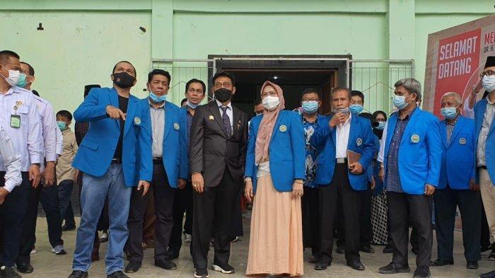 Mentan Syahrul Yasin Limpo Ngopi Sore di Kampus UIM Sambil Diskusi dengan Rektor