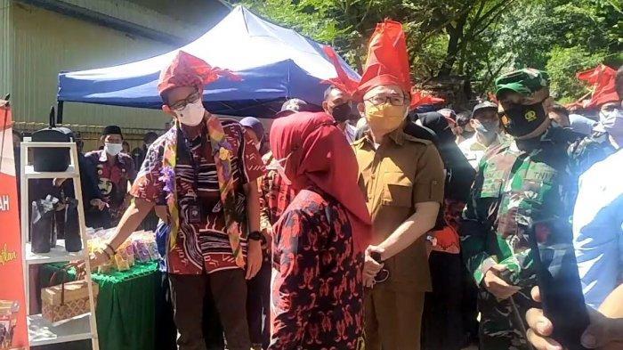 Sandiaga Uno Tiba di Desa Pao Disambut Tarian Adat Bugis-Makassar
